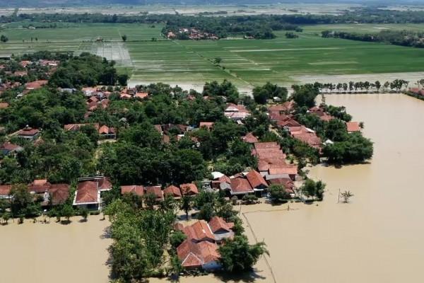 Desa Kebangkerep Pekalongan dikepung banjir