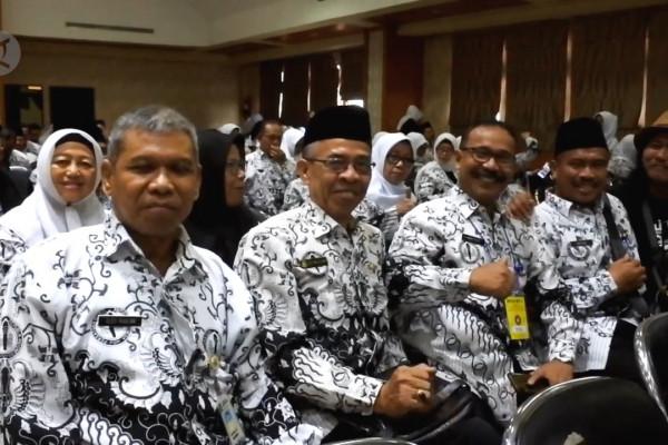 Pemkot Tangerang upayakan peningkatan kesejahteraan guru