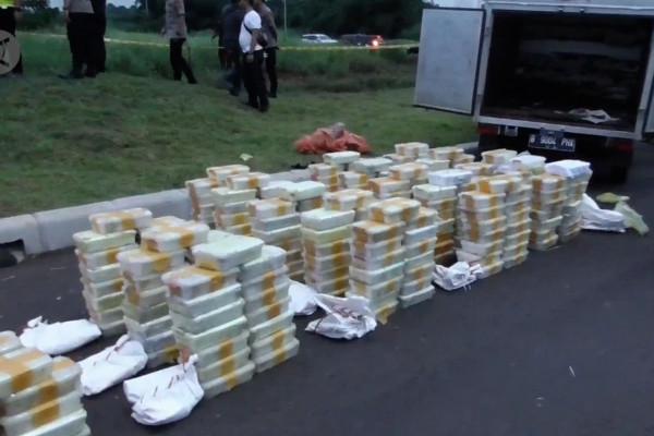 Polisi gagalkan penyelundupan narkotika 288 kg di Tangerang