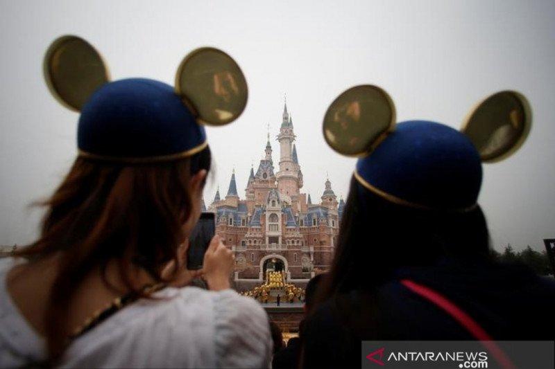 Virus corona menyebar, Disney Shanghai Resor tutup sementara