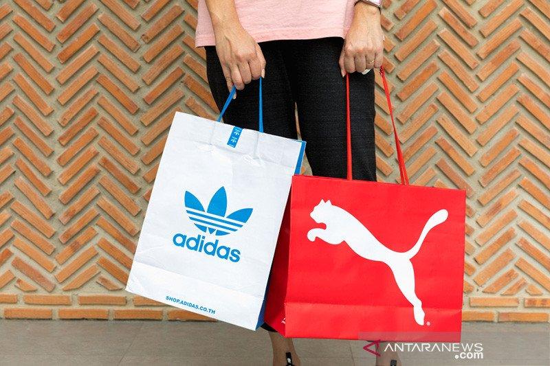 Penjualan Adidas dan Puma jatuh karena virus corona