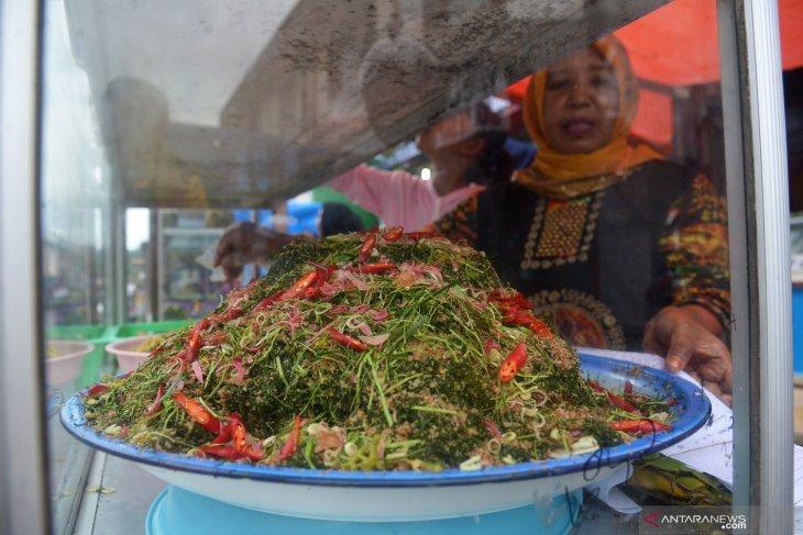 Sambai Oen Peugaga khas bulan Ramadhan