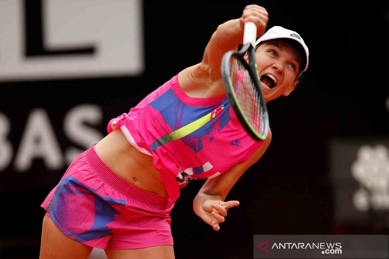 Petenis peringkat dua dunia Simona Halep positif COVID-19