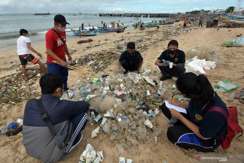KLHK: Generasi muda garda terdepan pelestarian lingkungan