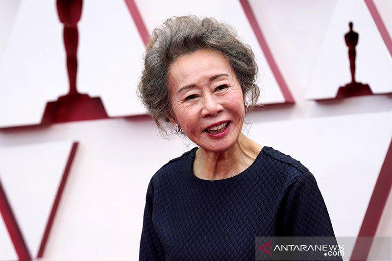 """Youn Yuh-jung """"Minari"""" bawa pulang Aktris Pendukung Terbaik Oscar"""