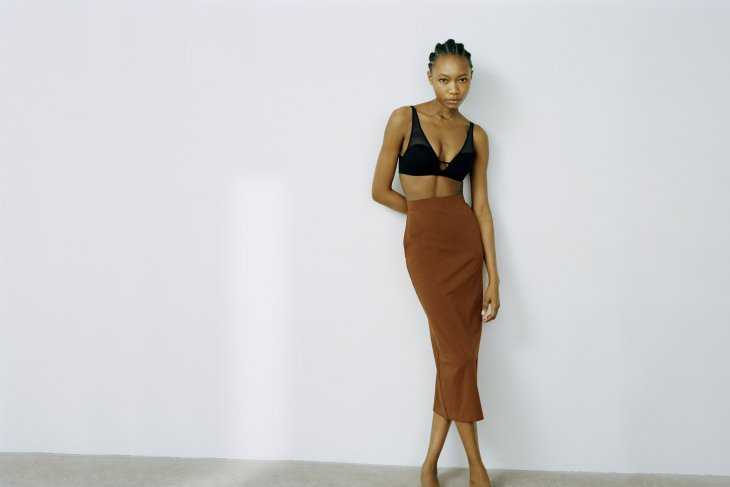 "Mame Kurogouchi x Uniqlo ciptakan ""innerwear"" yang bisa dipamerkan"