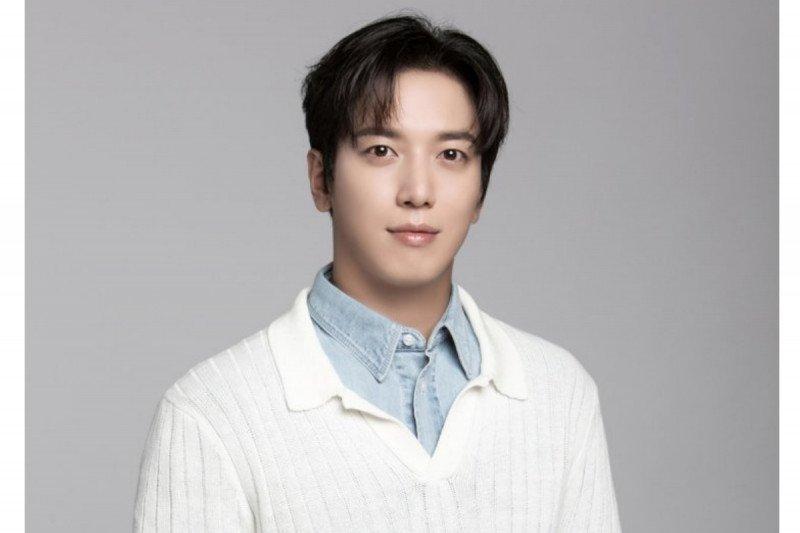 Hiatus wajib militer bantu transisi Yong-hwa CNBLUE di dunia akting
